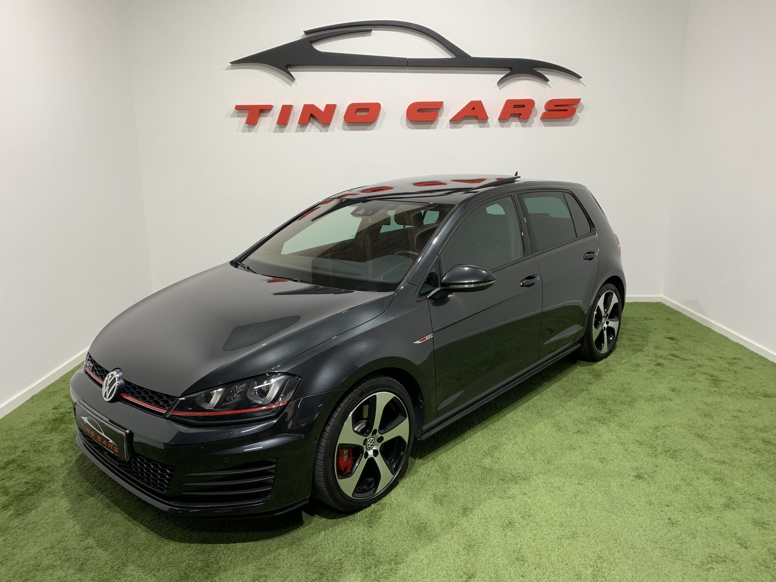 Volkswagen Golf GTI PERFORMANCE DSG 230CV 5p.